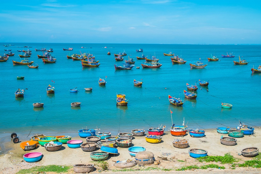 beach in mui ne tour from ho chi minh city