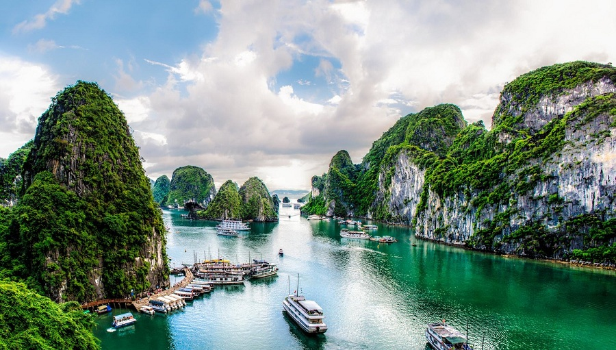 Halong Bay - the best places to visit in vietnam
