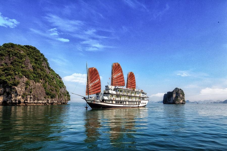 Halong Bay tour from hanoi
