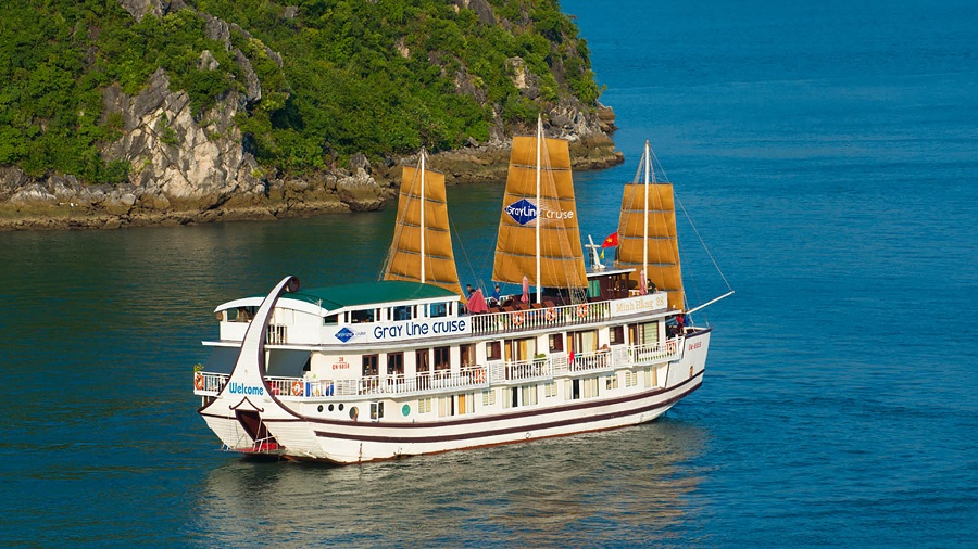 cruise of Halong Bay tour from hanoi
