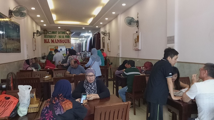 Halal restaurant Vietnam Muslim tour Malaysia