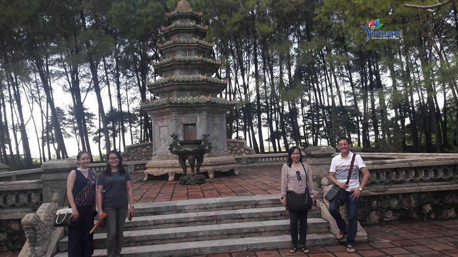 visit Hue Citadel city