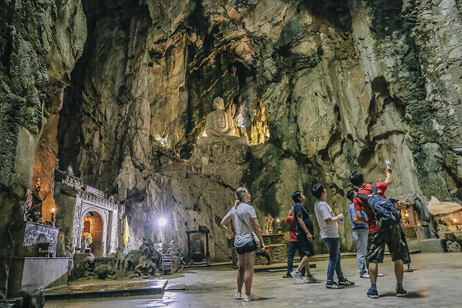 marble mountain - da nang vietnam day tours